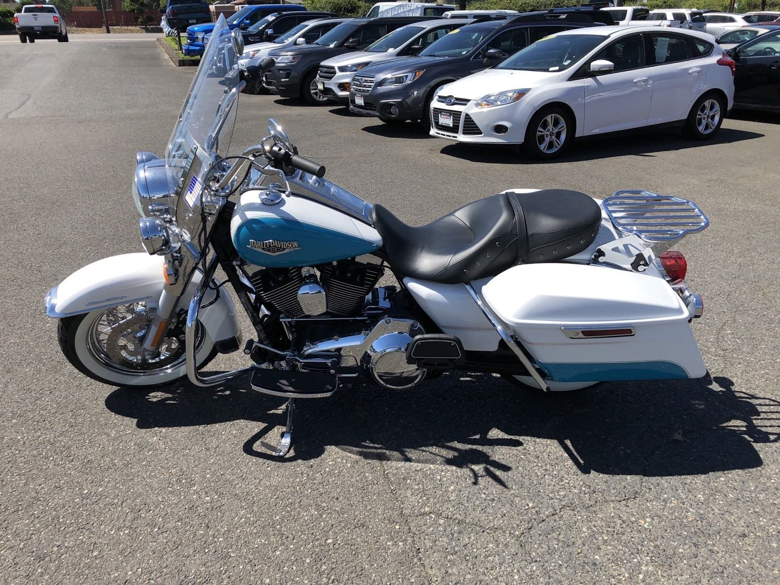 Pre-Owned 2016 HARLEY DAVIDSON ROAD KING ROAD KING