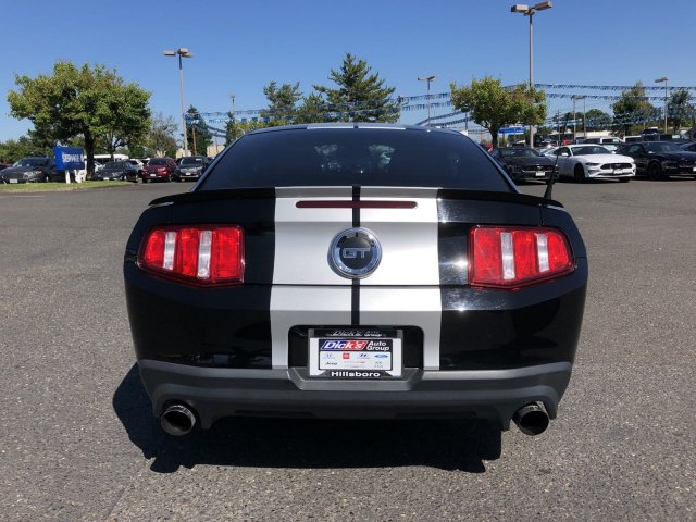 Pre-Owned 2011 Ford Mustang BLACK