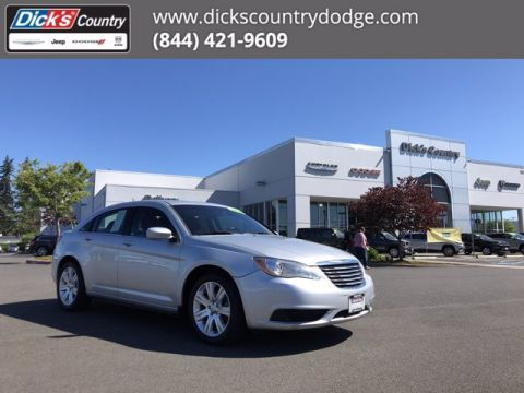 Pre-Owned 2012 Chrysler 200 Touring FWD 4dr Car